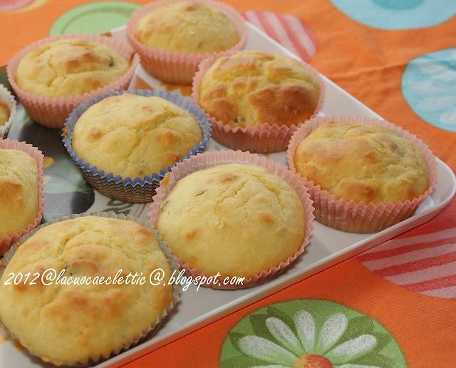 Muffin con uva passa e pinoli