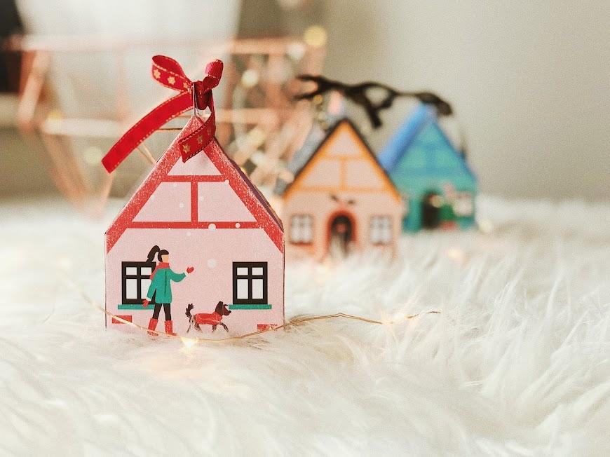 Świąteczne domki do druku