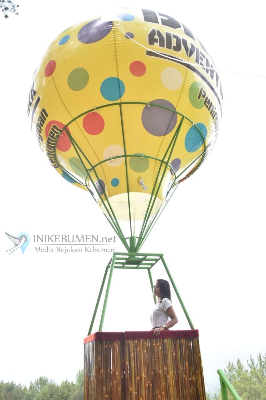 Yuk! Coba Balon Udara, Wahana Baru di Brujul Adventure Park Peniron