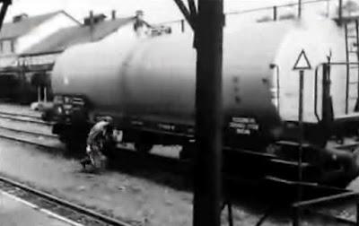wagon cysterna w filmie HIstoria wspolczesna