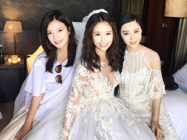 Vicki Zhao Wei, Fan Bing Bing and Ruby Lin at her wedding