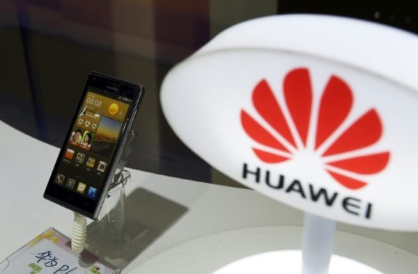 US campaigns against Huawei, world's leader in 5G mobile network equipment