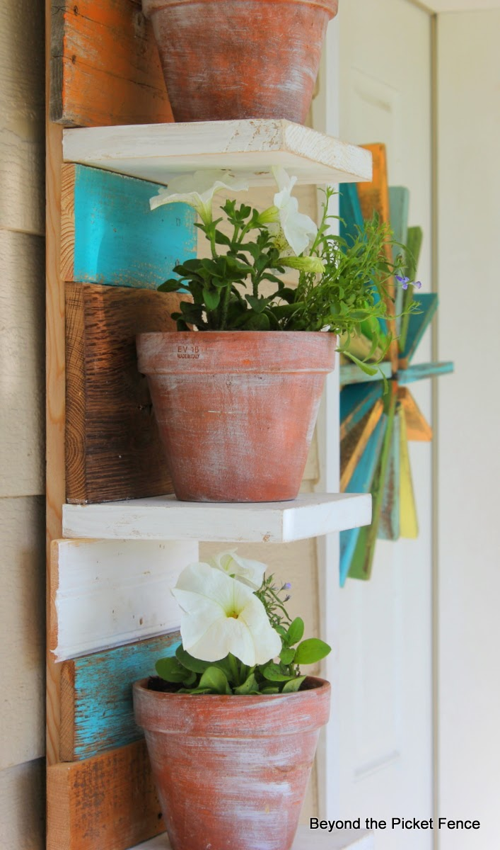 Upcycled Salvaged Porch Projects http://bec4-beyondthepicketfence.blogspot.com/2014/05/porch-projects-roundup-link-party-and.html