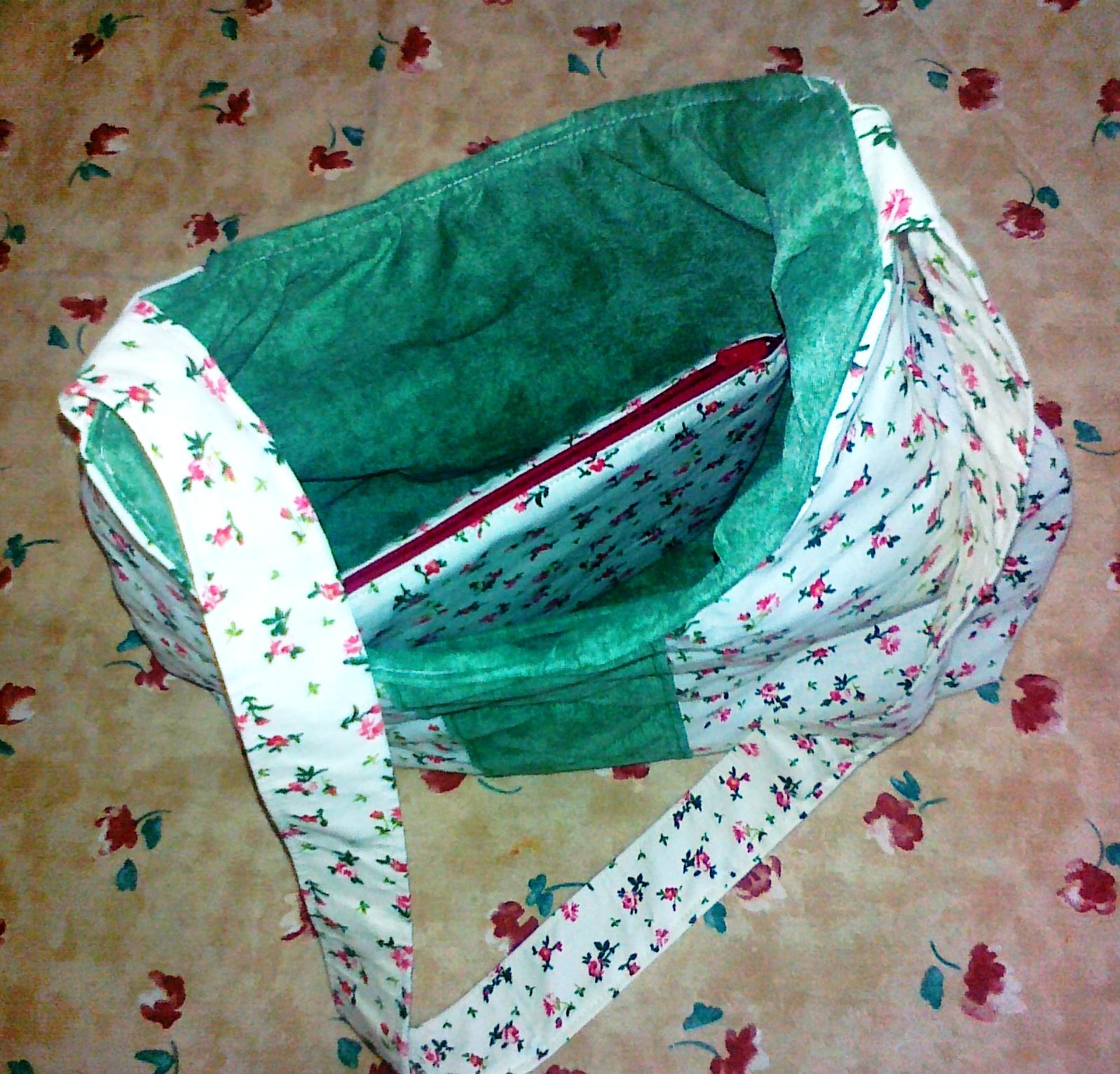 Bányai Erzsébet munkája  zöld-rózsás táska felhasznált anyagok  apró 57364fcc47