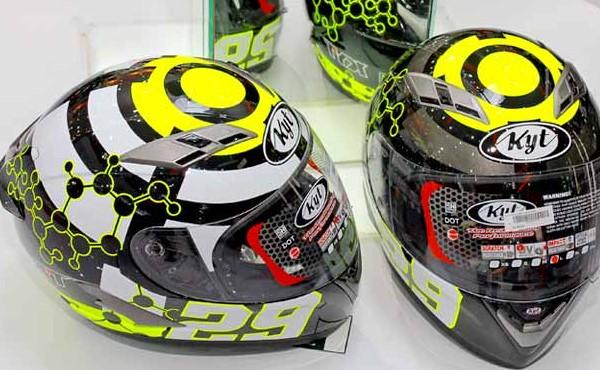 Ciri-ciri Helm SNI Yang Kuat Untuk Berkendara Ala MotoGP