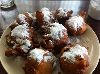 Home made olie-bollen in Thailand