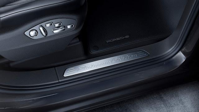 Porsche Cayenne Platinum Edition - interior