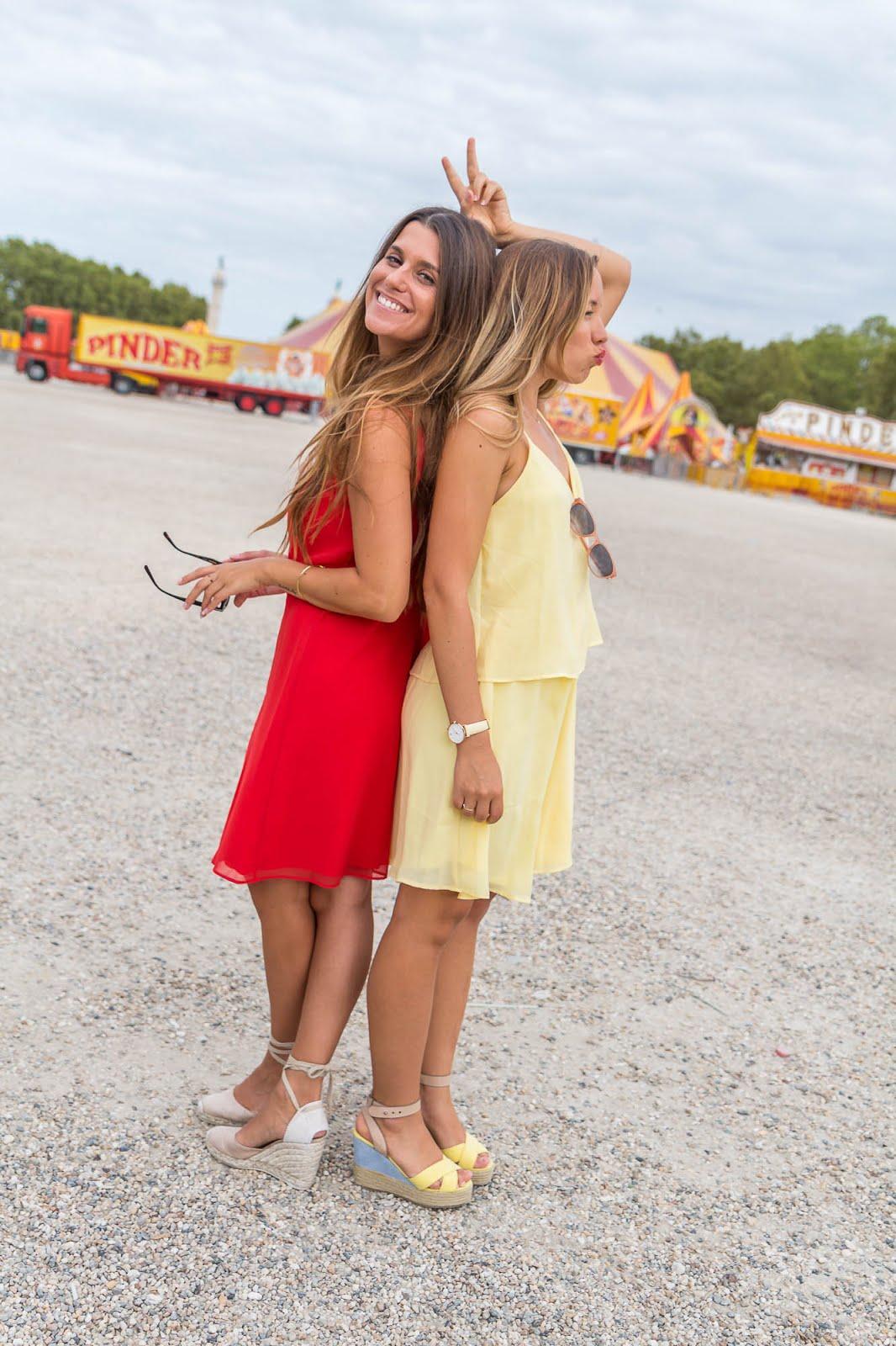 Robe rouge et jaune