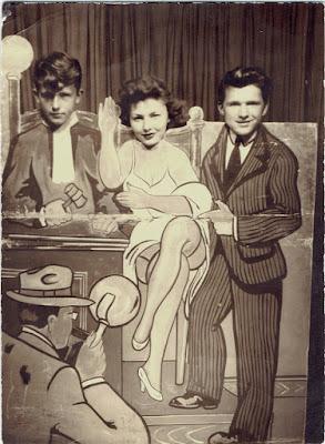 Souvenir photograph, Chicago c. 1940s