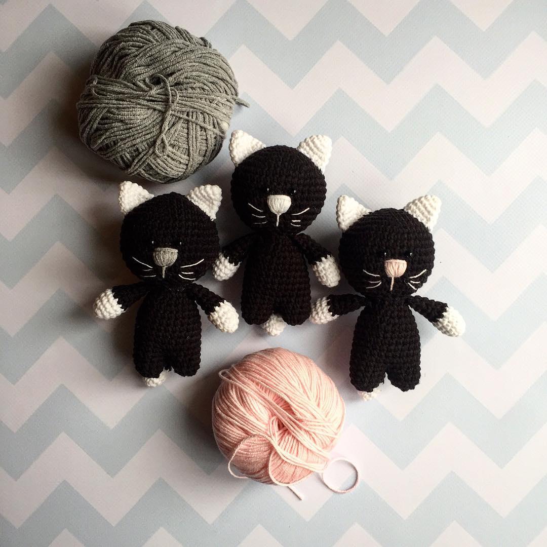 Crochet kittens amigurumi toys