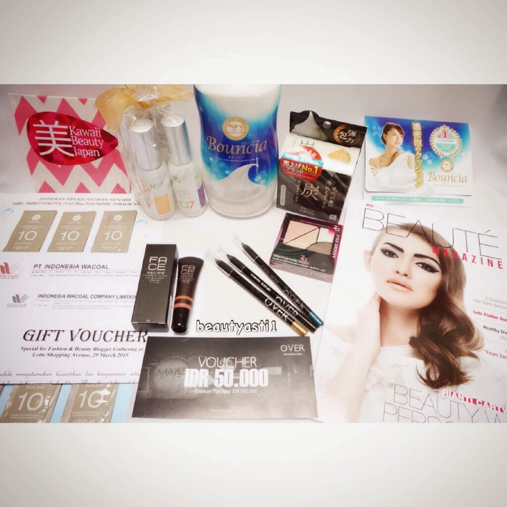 goodie-bag-from-blogger-gathering.jpg