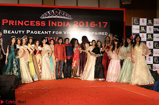 John Aham, Bhagyashree, Subhash Ghai and Amyra Dastur Attends Princess India 2016 17 Part2 030.JPG