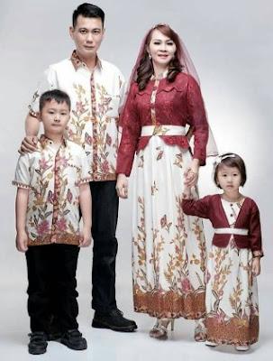 Model baju seragam keluarga untuk lebaran motif batik