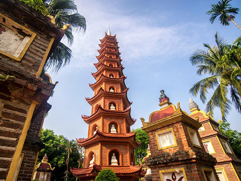 Pagoda Tran Quoc, Hanoi (Vietnam)