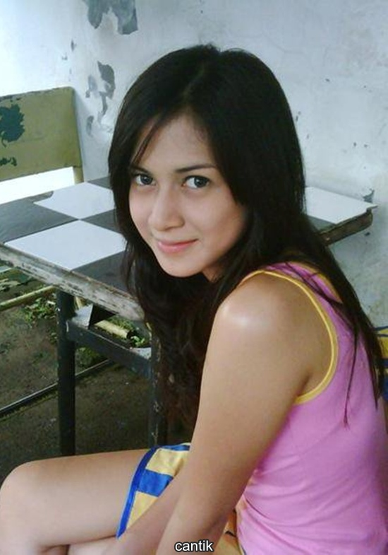 Nina Zatulini ( 5 Photo ) | Photo Photo Artis Cantik ,Cute