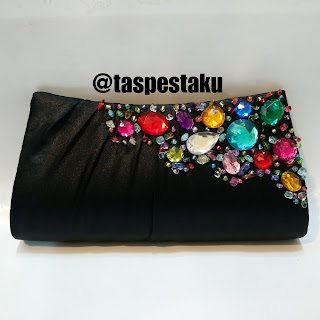 Tas Pesta Clutch Bag Hitam Payet Warna Warni