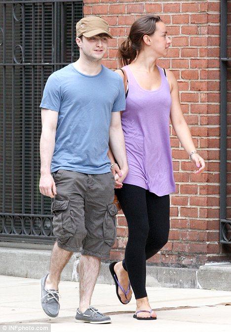 Laugh Gags: Does Daniel Radcliffe Girlfriend руперт гринт