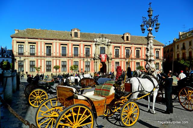 Sevilha, Andaluzia: Praça do Triunfo e Palácio Arquiepiscopal