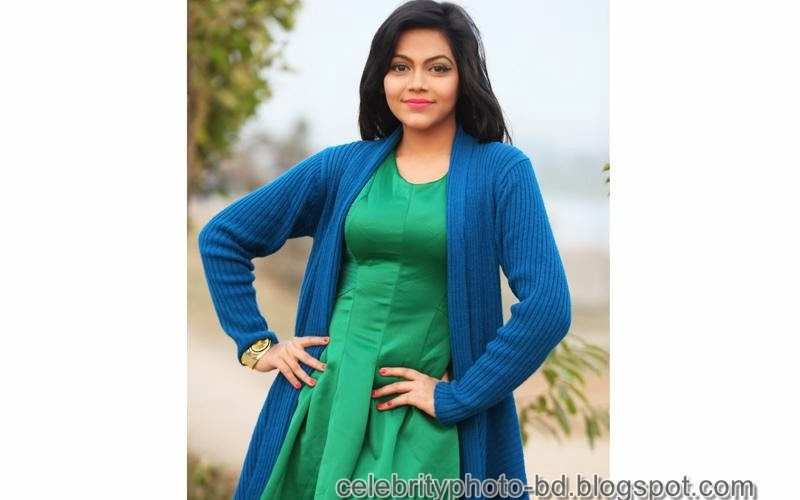 Lux Beauty Girl And Model Samia's Latest Hd Photos