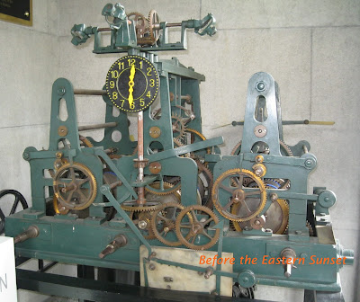 Manila Cathedral- machine that operates the bells