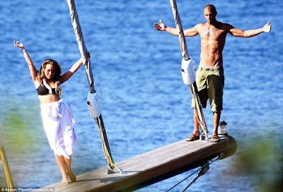 1l - Hot Felon, Jeremy Meeks leaves wife for Top Shop billionaire heiress Chloe Green