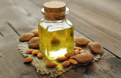 Cara Menebalkan Alis Dengan Minyak Almond