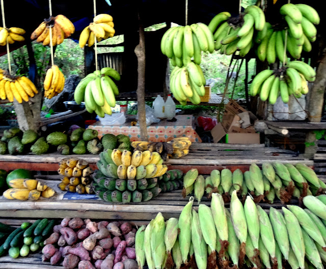 Fruit stand Sirao Cebu