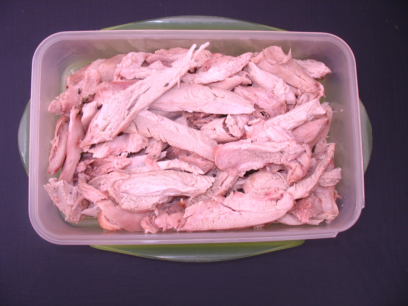 Diaries of a dietitian a substitute for sliced deli meats once the skin and bones were removed i estimate based on information from various turkey sites i had about 612 g of cooked turkey publicscrutiny Image collections