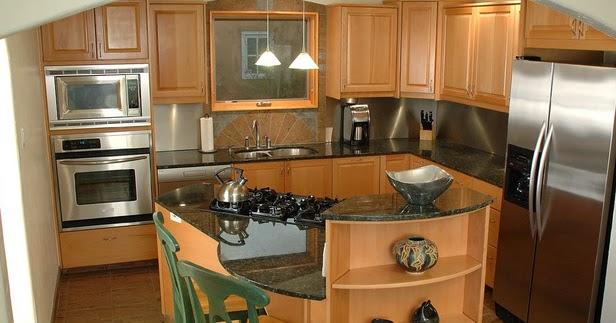 Decoraci n de una cocina peque a colores en casa - Disenar una cocina pequena ...