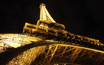 Wallpaper: Night. Paris Lights. Eiffel Tower