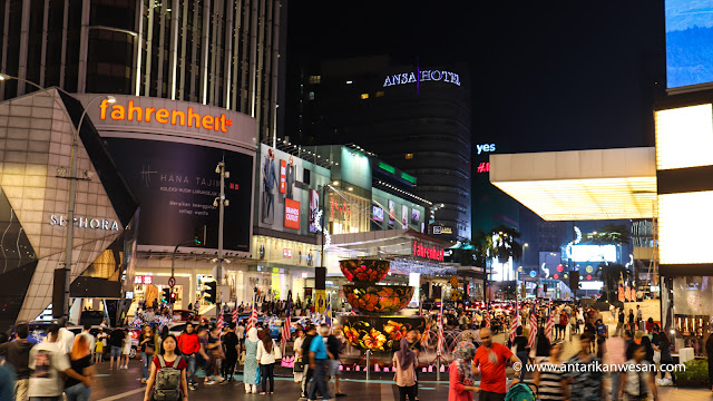 Shopping and food at Bukit Bintang, Awesome Ways to Explore the Best of Kuala Lumpur