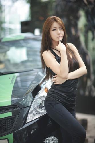 Park Si Hyun Transformers Zinglovefashion