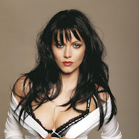 glamorous sexy foxy Yana gupta latest hot photo shoot
