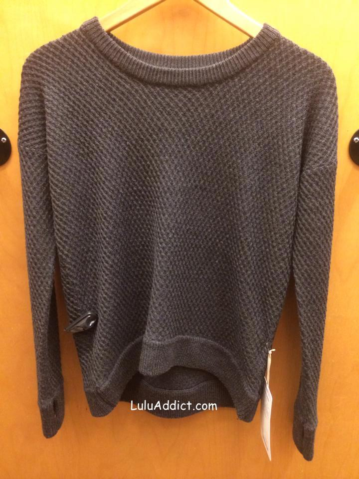 lululemon-yogi-crew-sweater black
