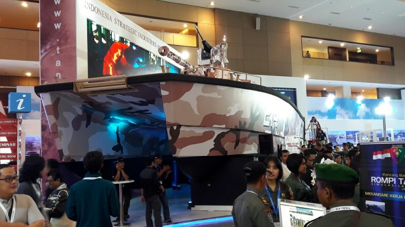 Tank boat X-18