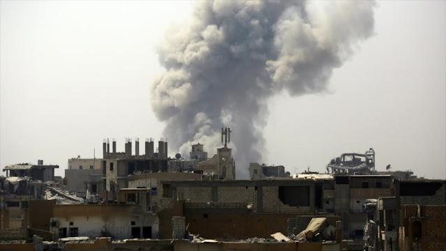 Bombardeos de cazas de EEUU matan a 18 civiles sirios en Al-Raqa