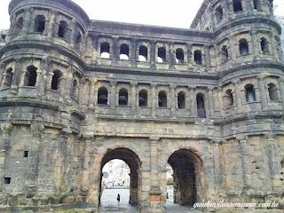 porta nigra trier guia brasileira roma - Trier, a cidade romana mais antiga da Alemanha