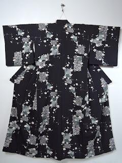 京加賀小紋のお着物です。