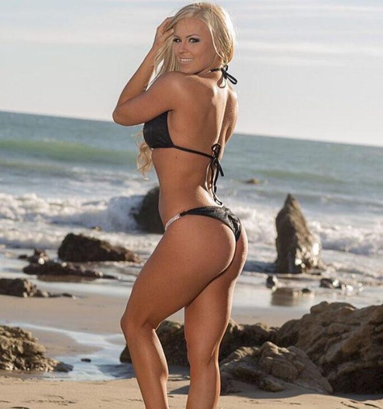 Jen Heward bikini