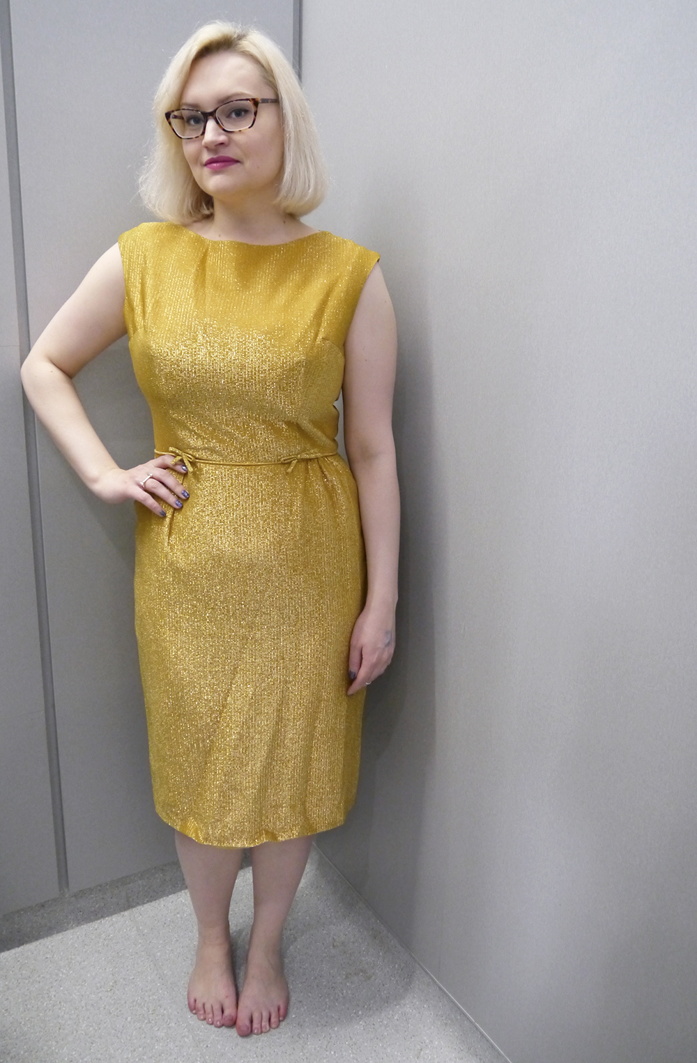 vintage fair, Lou Lou's Vintage fair, vintage shopping, Dundee, Scottish vintage fair, vintage event, vintage cocktail dress, gold dress, April's Vintage Emporium