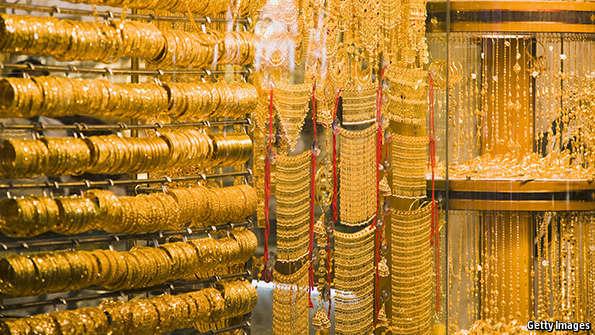 الان.. سعر الذهب اليوم الاحد 14/8/2016 فى الصاغات بالمصنعية .. تعرف على اسعار جرام الذهب فى مصر اليوم جميع الاعيرة