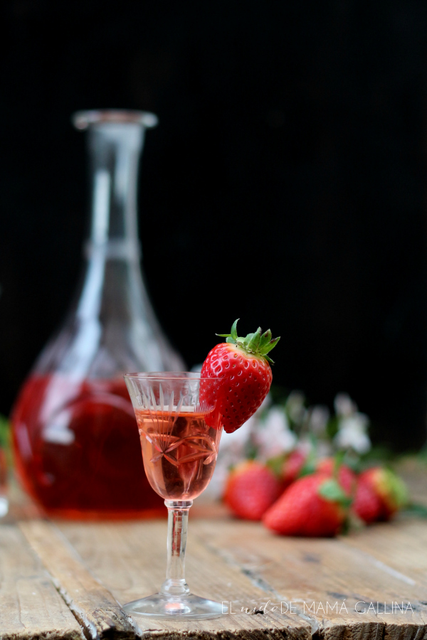 strawberry liqueur home made