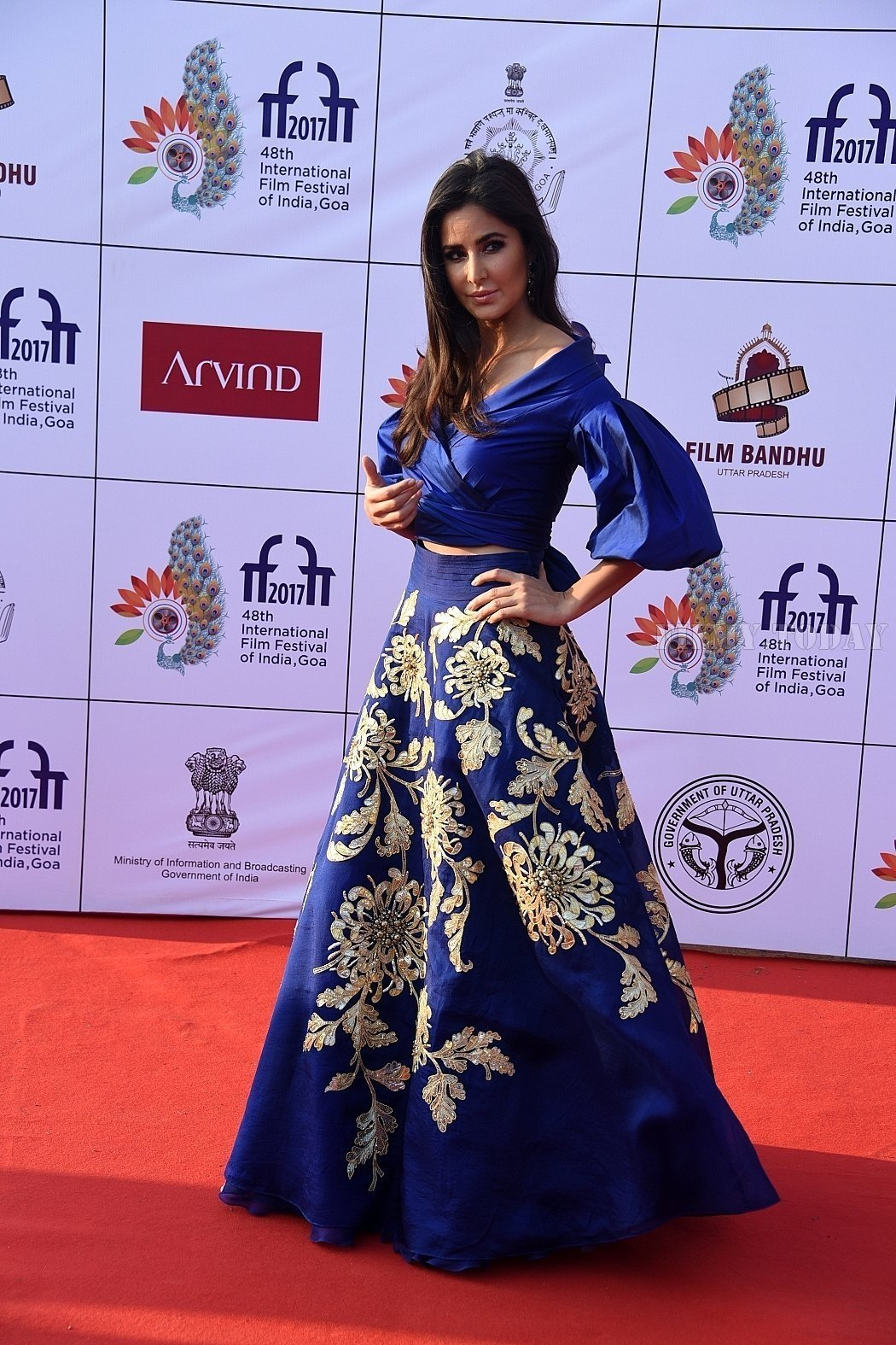 Katrina Kaif Shines in blue dress at 48th IFFI 2017 Closing Ceremony