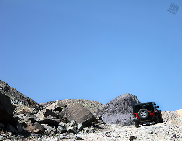 Jeep ascending Imogene Pass