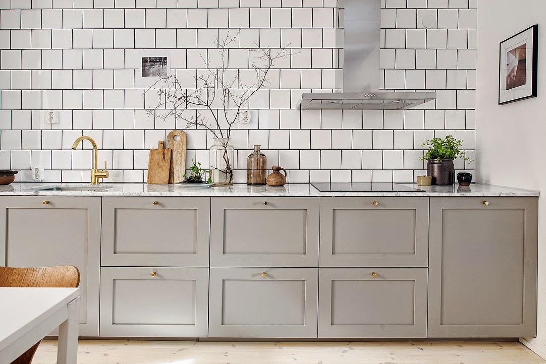 Kreativa kvadrat ab weekly inspiration gr a k k via - Cocinas con azulejos blancos ...