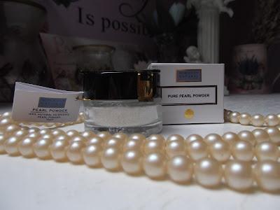 perlový prášok