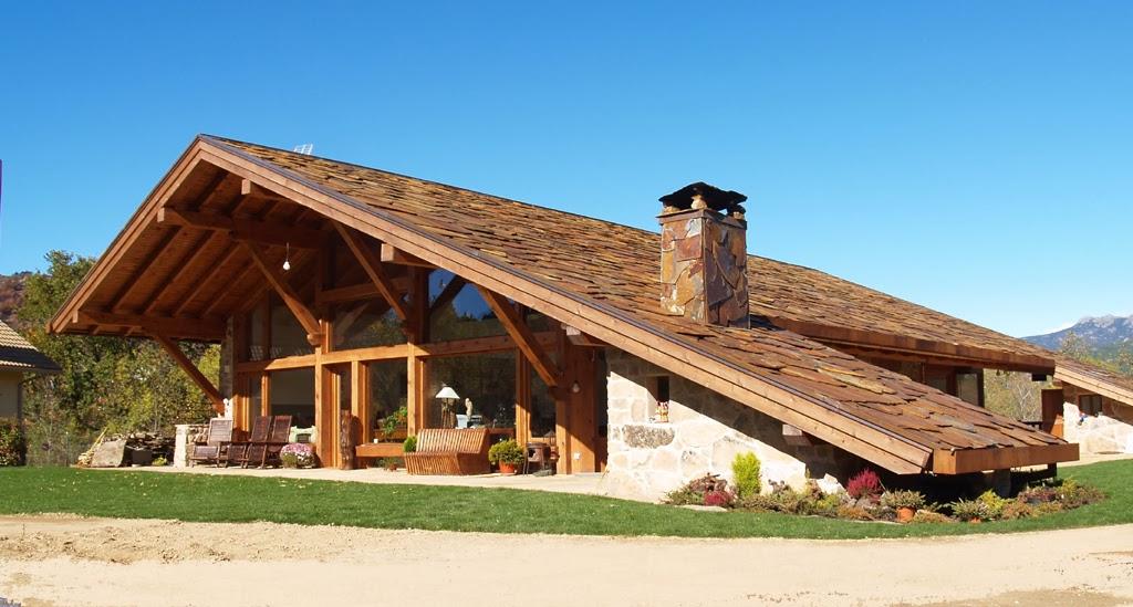 En estado de rachel al mal tiempo buena cubierta for Tejado de madera madrid