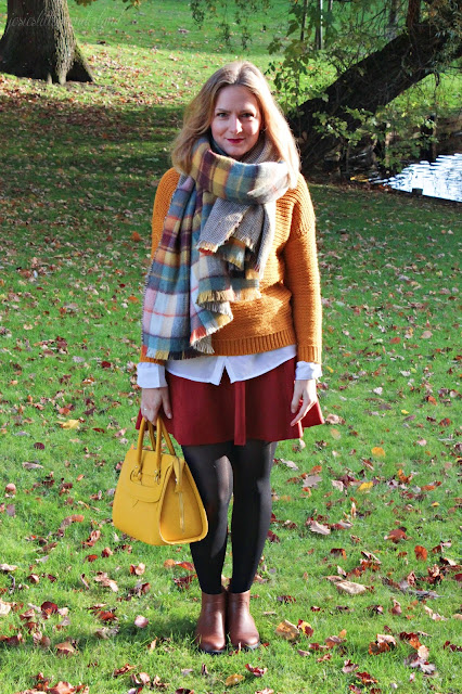 knitwear, josie´s little wonderland, outfit, fashion, blog, fashionpost, autumcolours, edmond louis bag, yellow bag, scarf, oversize scarf