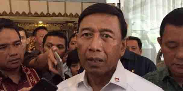 Wiranto: Penyerang Gereja Sleman Teroris, Pembunuh Ulama Katanya Orang Gila