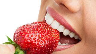 """افضل وصفة تبييض الاسنان مذهلة .. خلطة لتبييض الاسنان من اول مرة بطريقة سهلة وفعالة فقط في 3 دقائق """"جربها الآن مدهشة"""""""